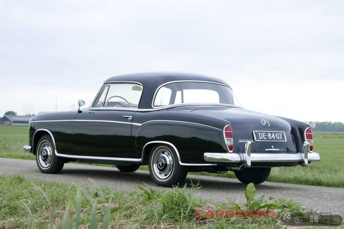1960 Mercedes Benz 220 SE Coupé with only 89.764 Miles For Sale (picture 2 of 6)