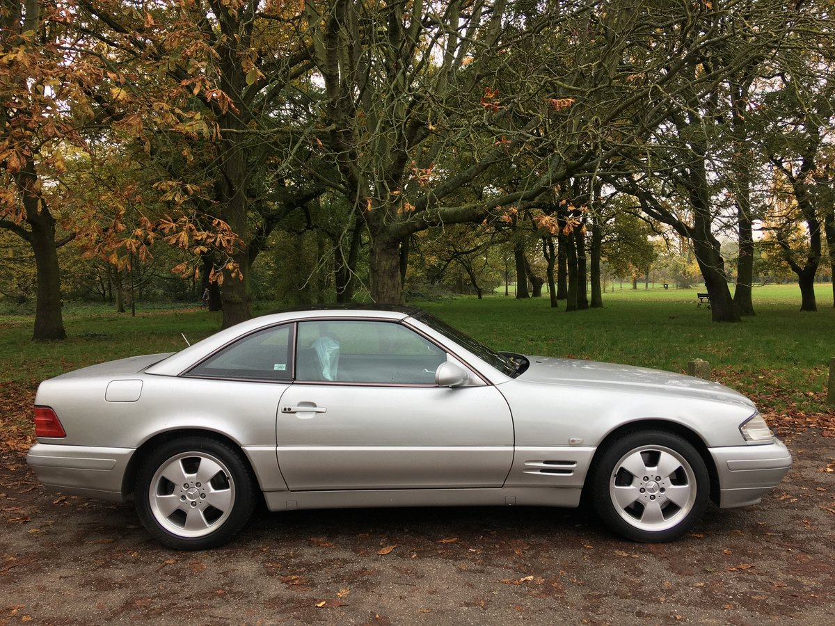 Mercedes SL320 V6 2000/W Auto Bargain For Sale (picture 1 of 6)