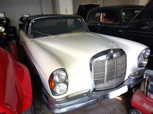 1966 Mercedes Benz 280SE Cabrio manual