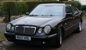 1998 Mercedes E300TD Avantgarde Black / Black leather For Sale
