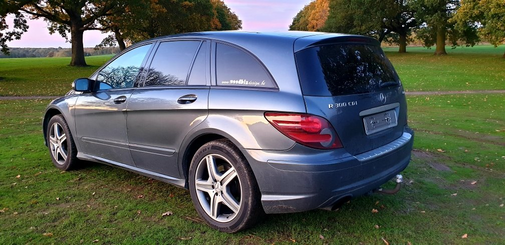 2009 LHD MERCEDES R300 CDI, AMG SPORT, LEFT HAND DRIVE For Sale (picture 4 of 6)