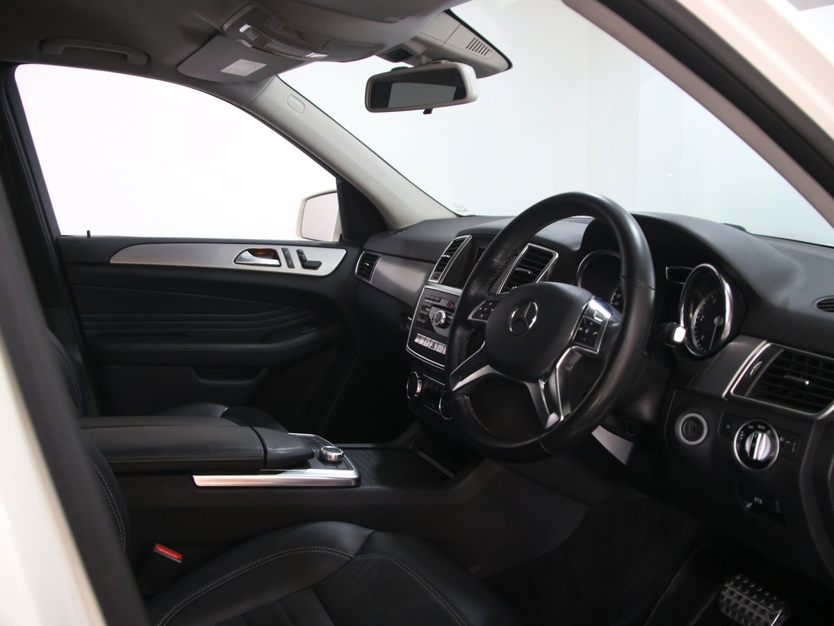 2013 Mercedes-Benz M Class ML350 CDi BlueTEC AMG Sport 5dr Auto 2 For Sale (picture 4 of 6)