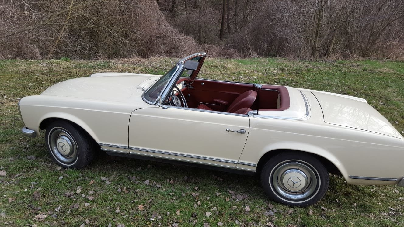 1965 Mercedes Benz 230SL Pagoda LHD For Sale (picture 1 of 6)