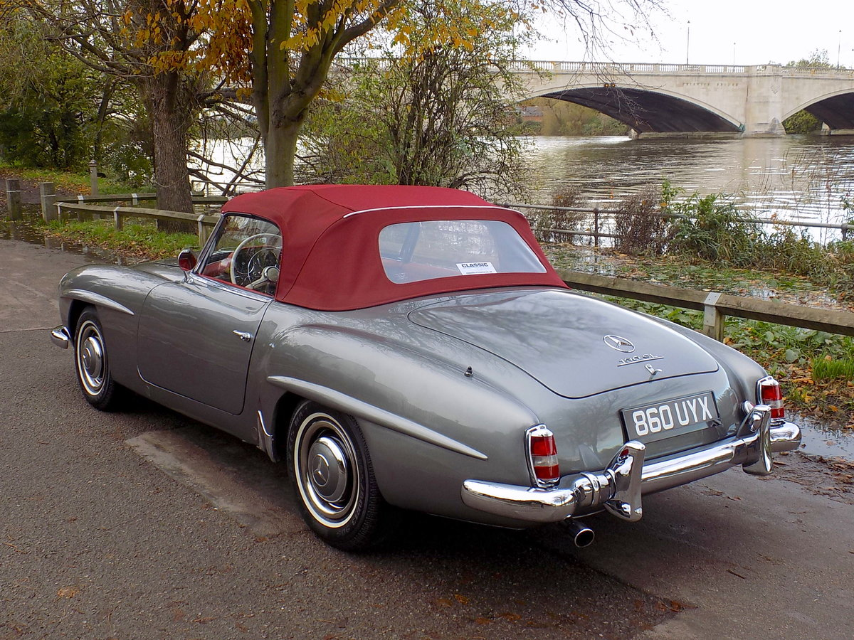 1960 MERCEDES 190 SL ROADSTER - LHD - RESTORED SOLD (picture 2 of 6)