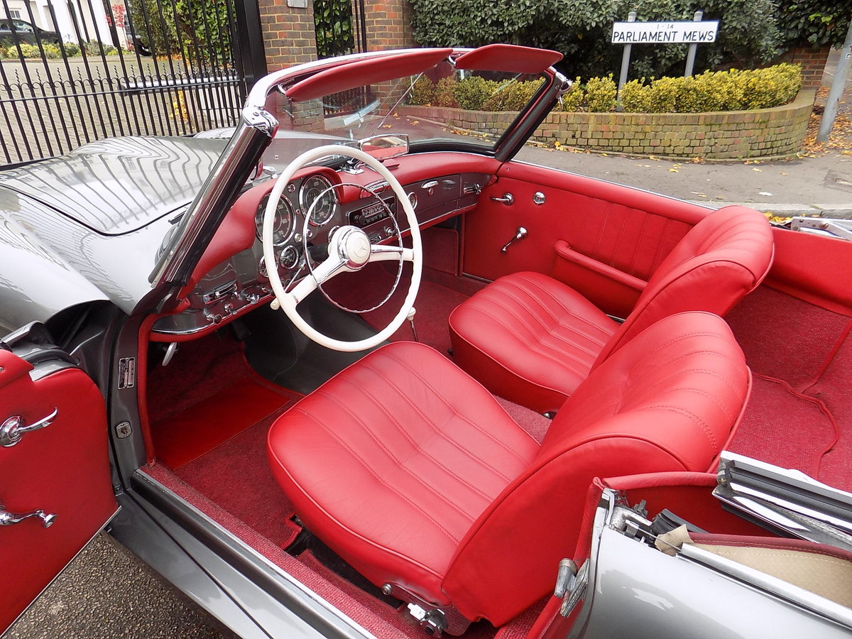 1960 MERCEDES 190 SL ROADSTER - LHD - RESTORED SOLD (picture 3 of 6)