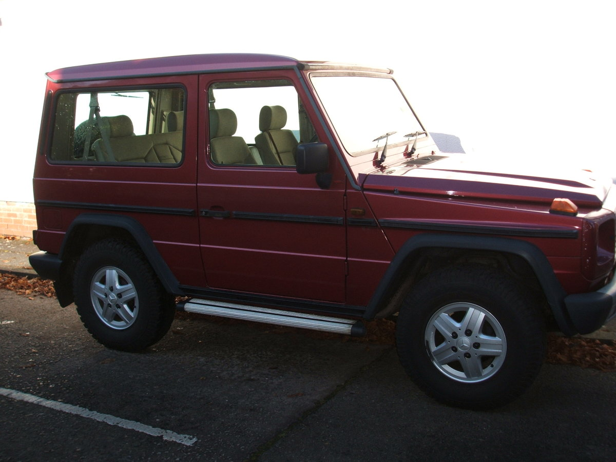 1992 Mercedes G Wagen 300GE. SWB 4x4 PRICE DROP £10,999 SOLD (picture 2 of 6)