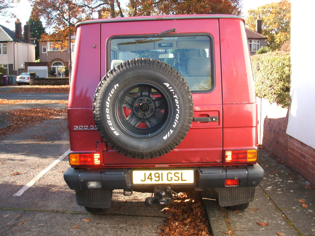 1992 Mercedes G Wagen 300GE. SWB 4x4 PRICE DROP £10,999 SOLD (picture 4 of 6)