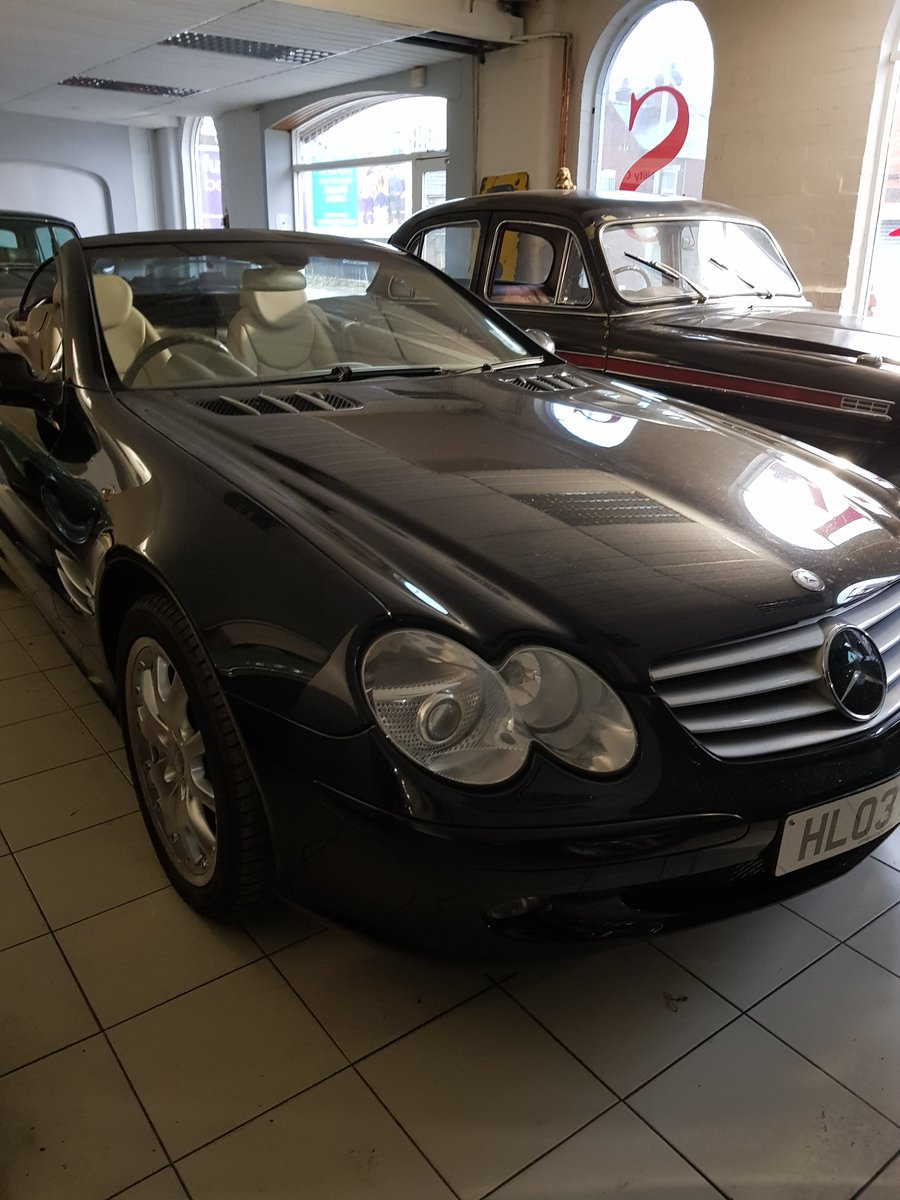 2003 SL Class Fabulous......... SOLD (picture 1 of 6)