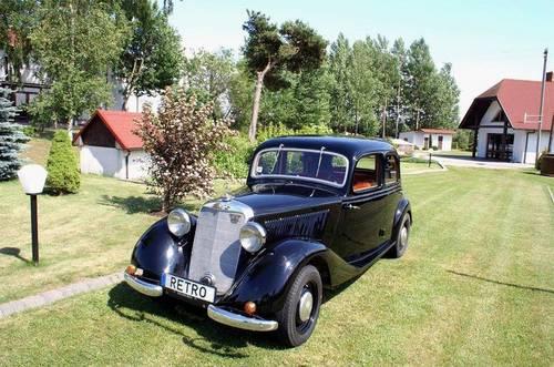 1936 Mercedes Benz 170V Restored SOLD (picture 1 of 4)
