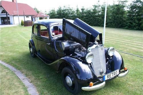 1936 Mercedes Benz 170V Restored SOLD (picture 2 of 4)