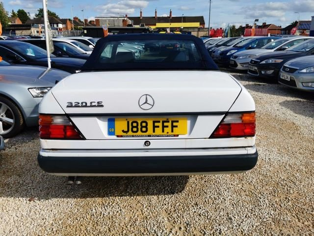 1993 Mercedes 320ce 3.2 auto sportline convertible For Sale (picture 4 of 6)
