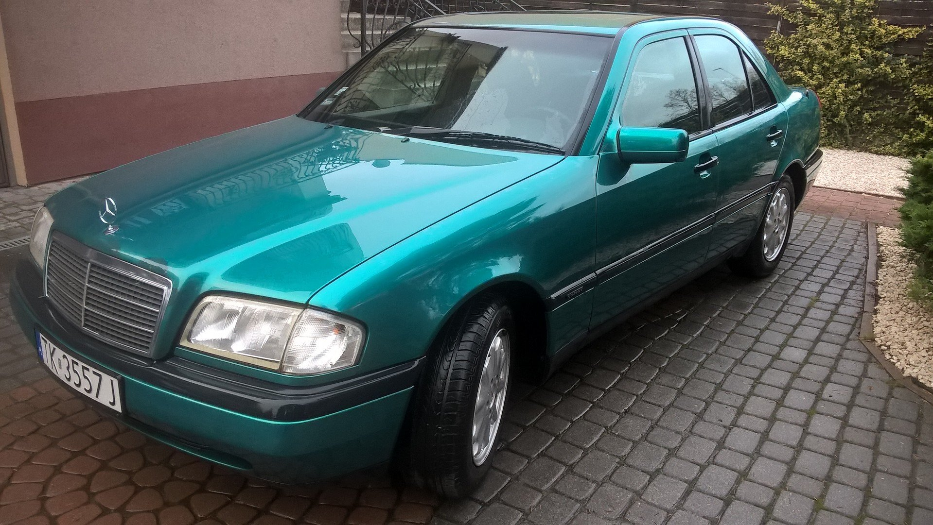 1996 Mercedes C 180 Automatic Genuine  For Sale (picture 1 of 6)