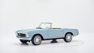 1967 MERCEDES 230 SL PAGODE CONVERTIBLE  For Sale by Auction