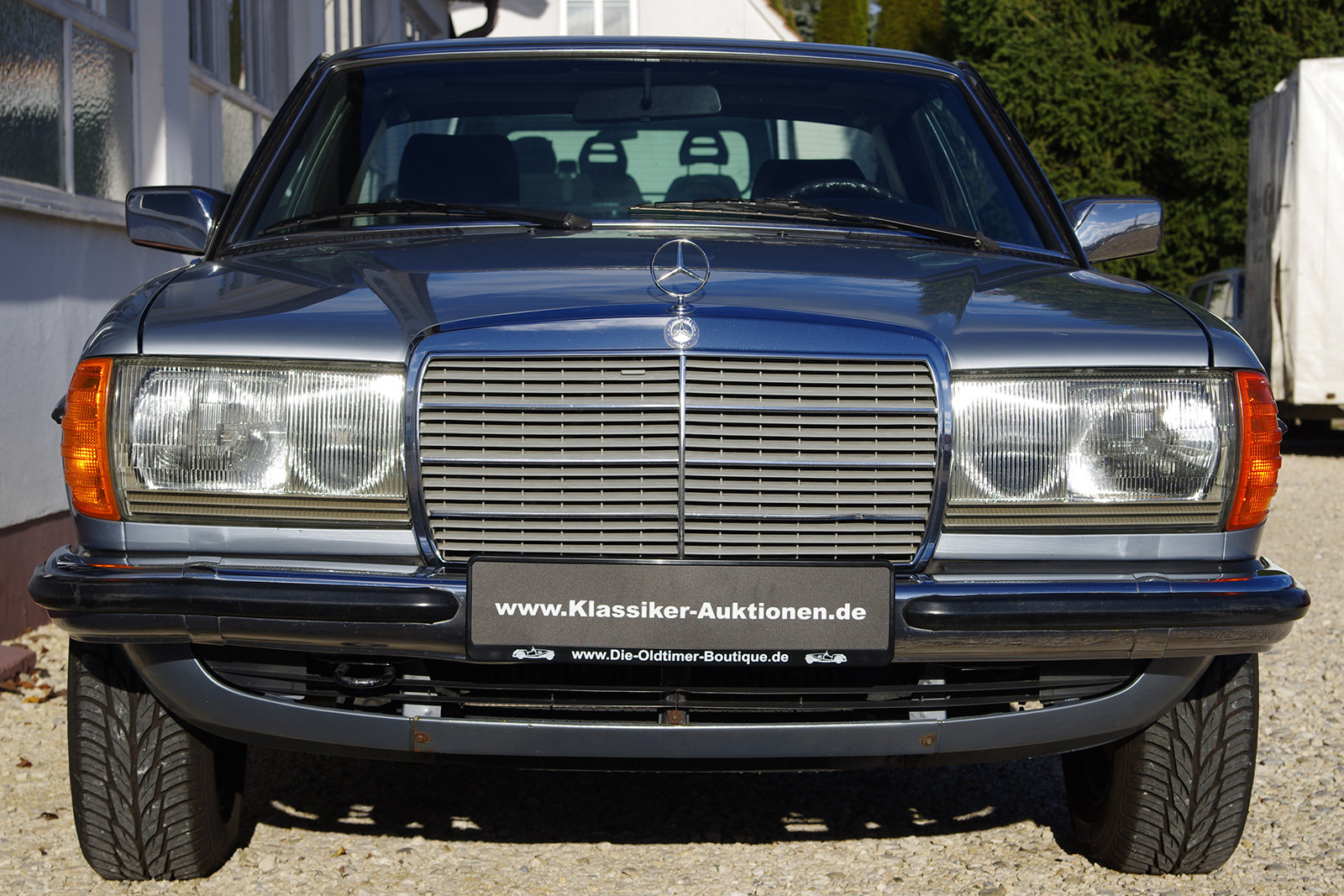 1983 Mercedes-Benz 230 CE - C123 - LHD - only 3 owners in 35 year SOLD (picture 2 of 6)