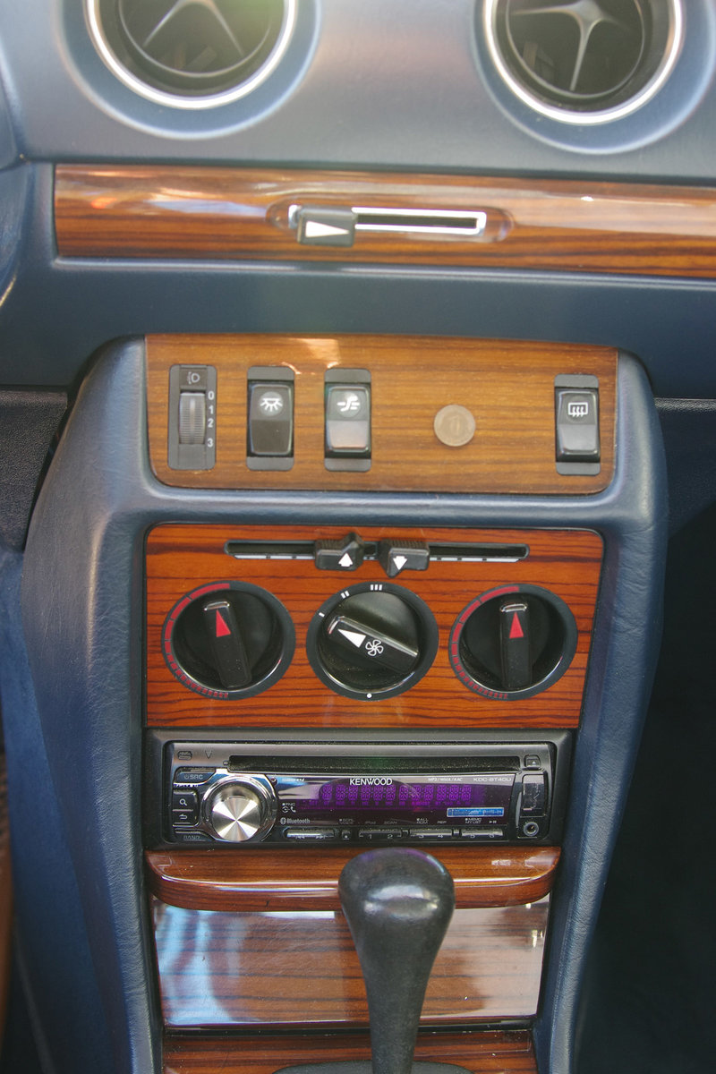 1983 Mercedes-Benz 230 CE - C123 - LHD - only 3 owners in 35 year SOLD (picture 5 of 6)