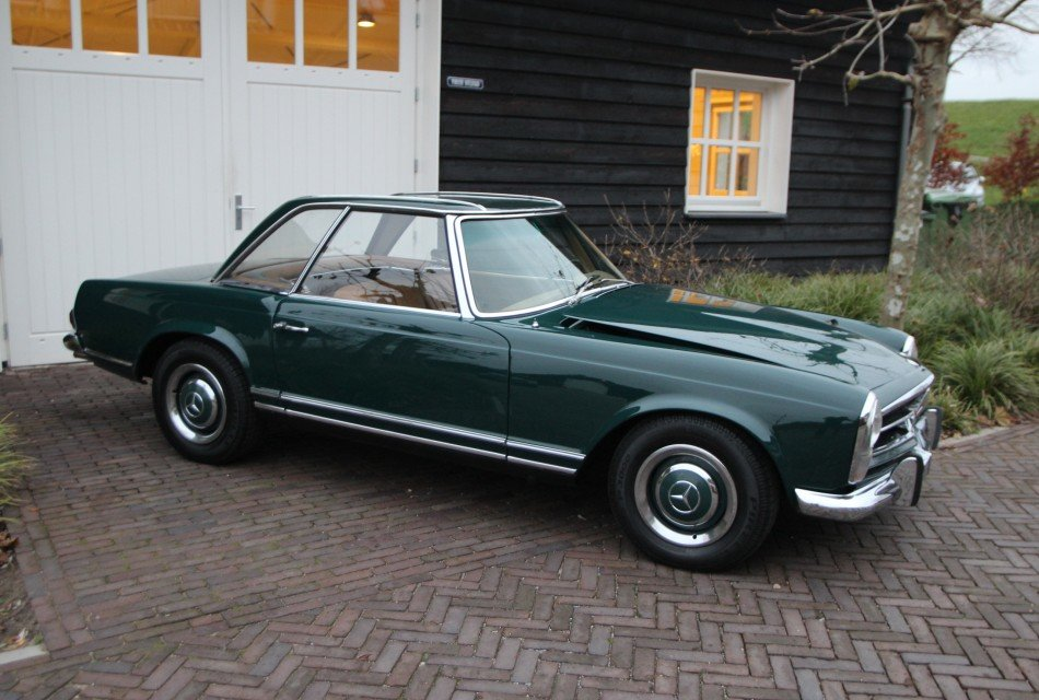 MERCEDES BENZ  250 SL PAGODE LHD 1968 AUTOMATIC !! For Sale (picture 1 of 6)