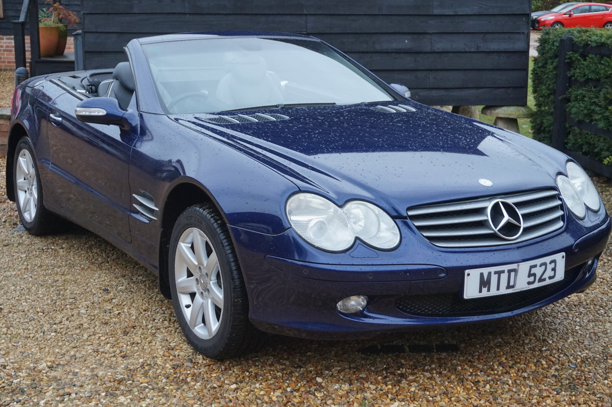 MERCEDES BENZ 2003 PAN ROOF/SAT-NAV/HEATED COOLING SEATS For Sale (picture 1 of 5)