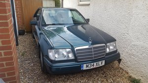 1995 Mercedes W124 E220 Pillarless Coupe VGC For Sale
