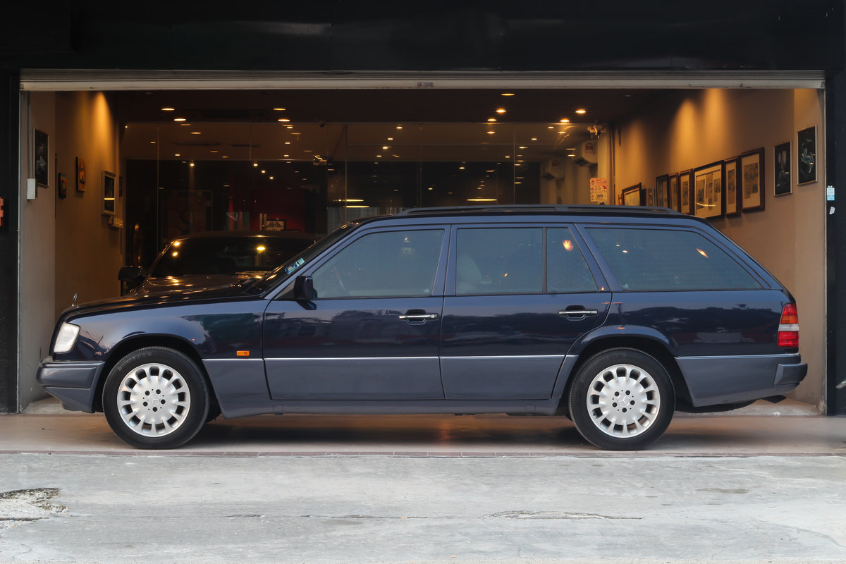 Mercedes-Benz 300TE 24-valve 1990 For Sale (picture 3 of 6)