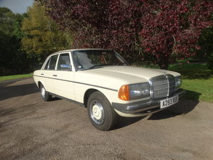 1983 MERCEDES BENZ 240 D For Sale