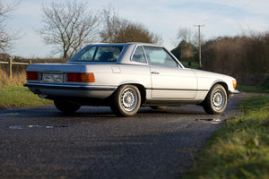 1983 Mercedes Benz 280SL R107 manual with hardtop For Sale