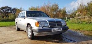 1993 Mercedes-Benz 280TE 24v - W124 - New MOT