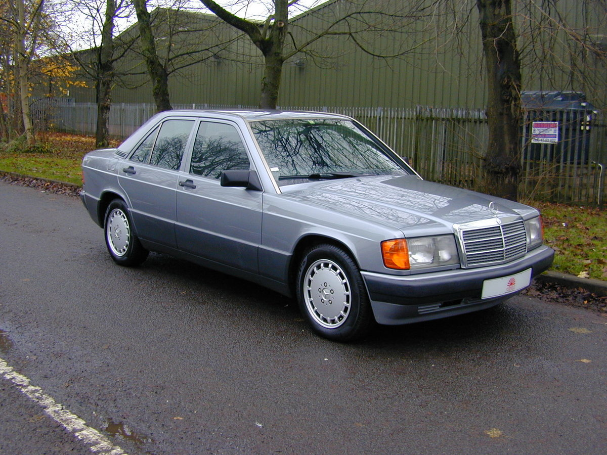 1990 MERCEDES BENZ 190 2.5d DIESEL AUTOMATIC RHD - EX JAPAN! For Sale (picture 1 of 6)