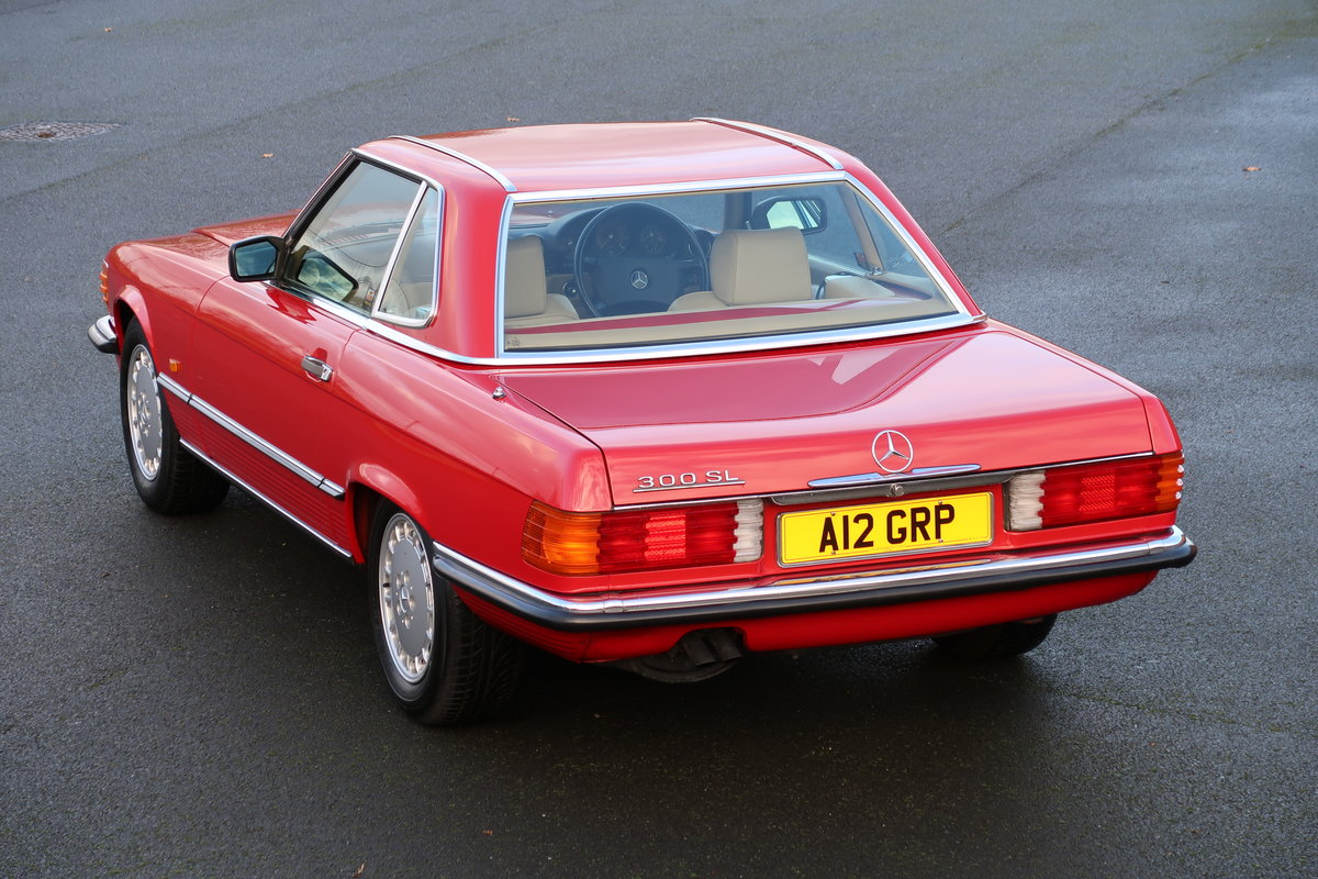 1988 MERCEDES 300SL R107 For Sale (picture 2 of 6)