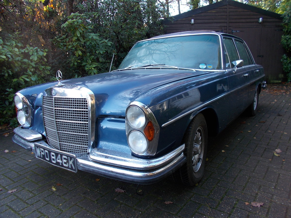 1972 MERCEDES 280SE W108 3.5ltr V8 AUTOMATIC RHD For Sale (picture 2 of 6)