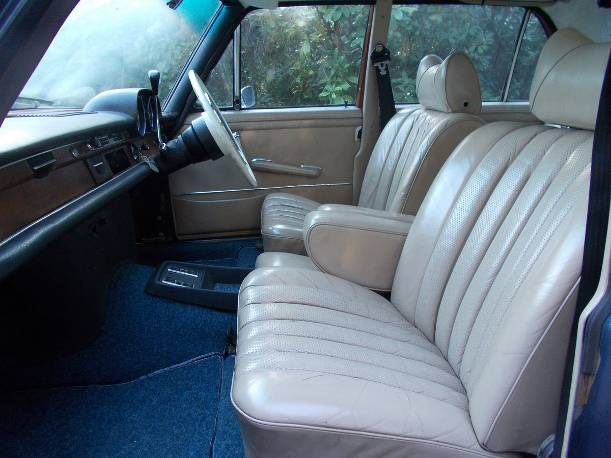 1972 MERCEDES 280SE W108 3.5ltr V8 AUTOMATIC RHD For Sale (picture 4 of 6)