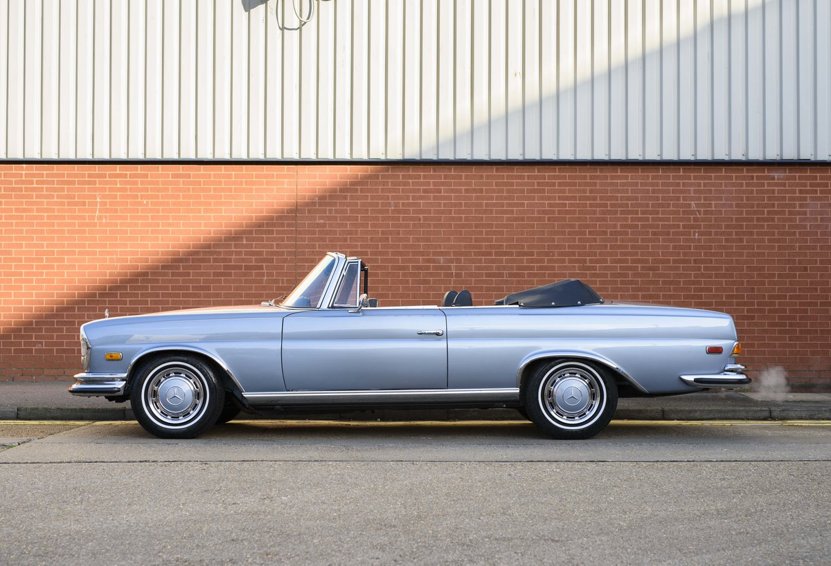 1971 MERCEDES 280SE 3.5 CABRIOLET (LHD) For Sale (picture 6 of 24)