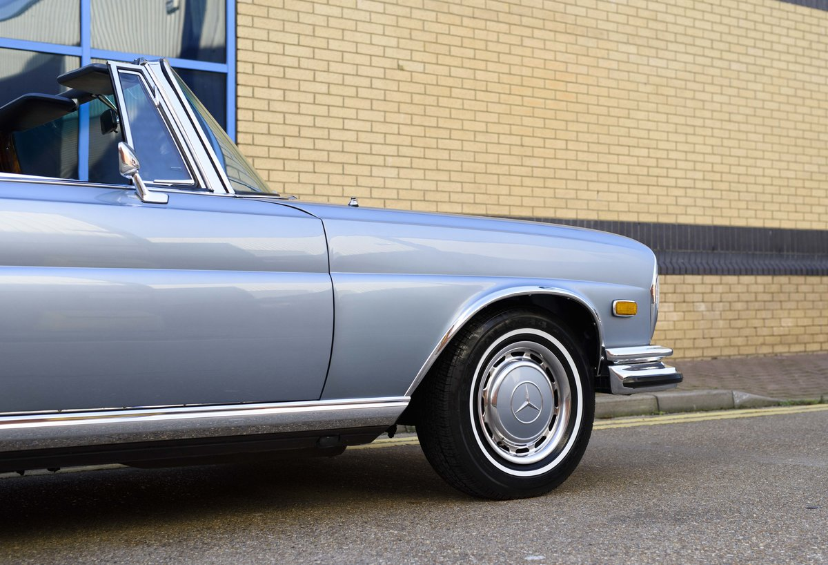 1971 MERCEDES 280SE 3.5 CABRIOLET (LHD) For Sale (picture 13 of 24)