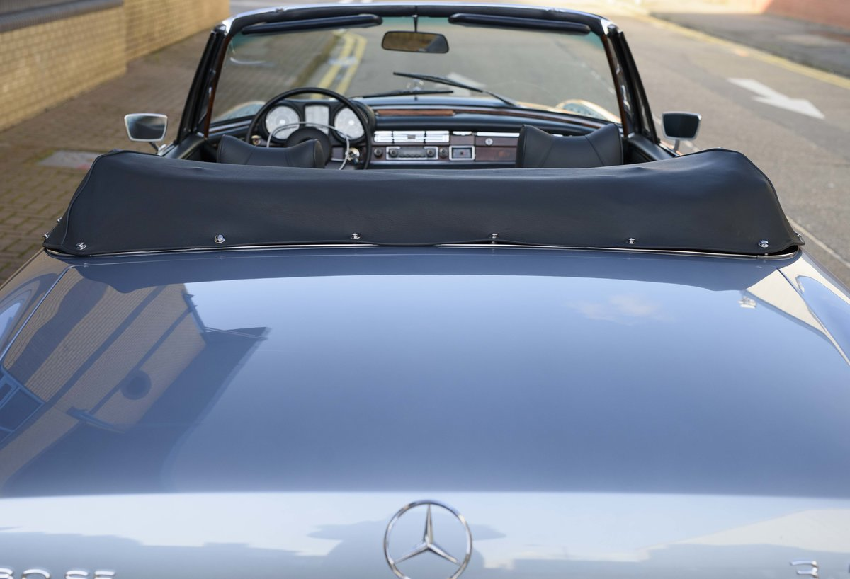 1971 MERCEDES 280SE 3.5 CABRIOLET (LHD) For Sale (picture 15 of 24)