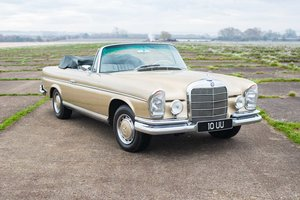 1967 Mercedes W111 250/280SE Cabriolet - LHD, Manual For Sale