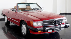 Mercedes-Benz 560SL (1988)