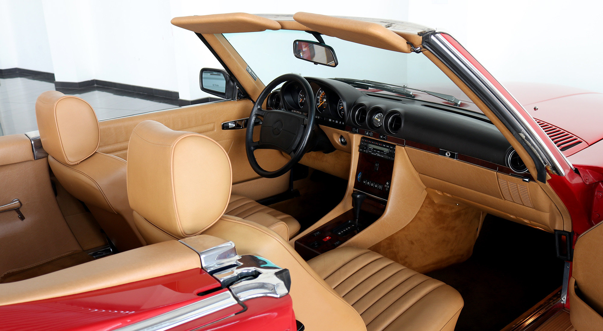 Mercedes-Benz 560SL (1988) For Sale (picture 5 of 6)