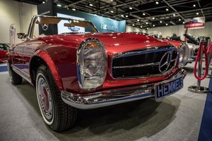 1970 Mercedes-Benz 280 SL Pagoda in Autumn Fire by Hemmels