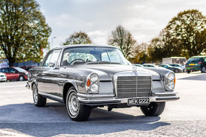 1970 Mercedes-Benz 280 SE W111 in Silver by Hemmels For Sale