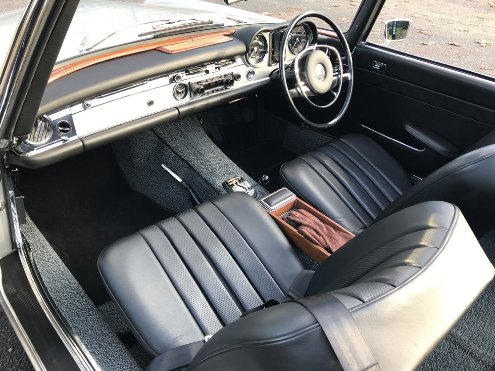 1970 Mercedes Benz 280SL - completely restored SOLD (picture 13 of 24)