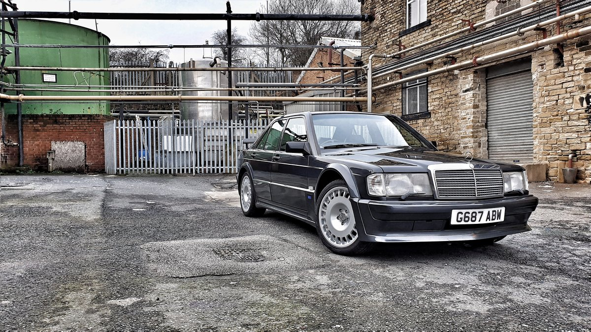 1989 *SOLD* Mercedes 190E Cosworth 2.5 Manual *SOLD* For Sale (picture 4 of 6)