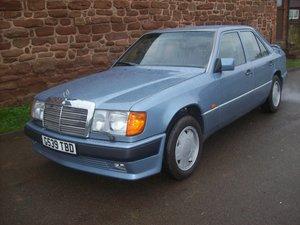 1990 MERCEDES 300 E CARAT DECHATELET 4 WD Rare For Sale