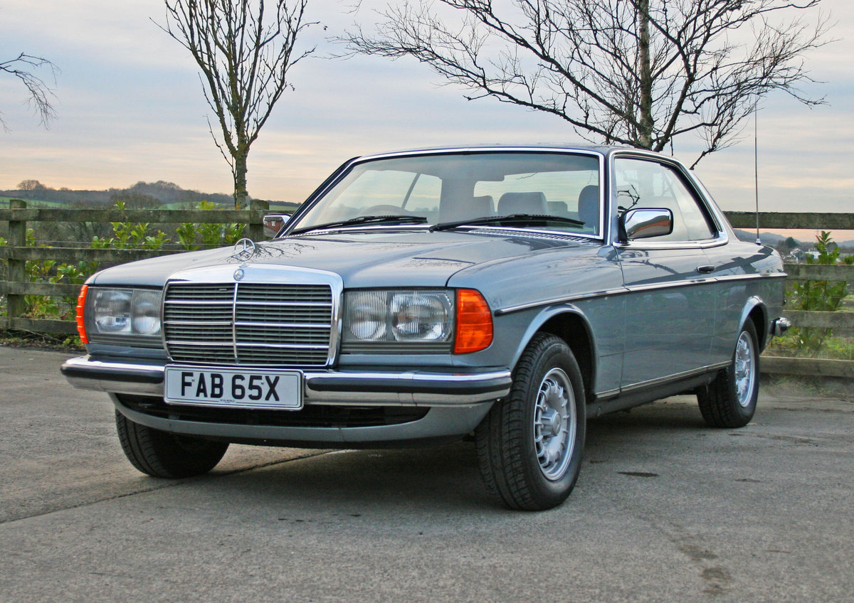 1981 Mercedes Benz 280CE (W123) For Sale (picture 2 of 6)