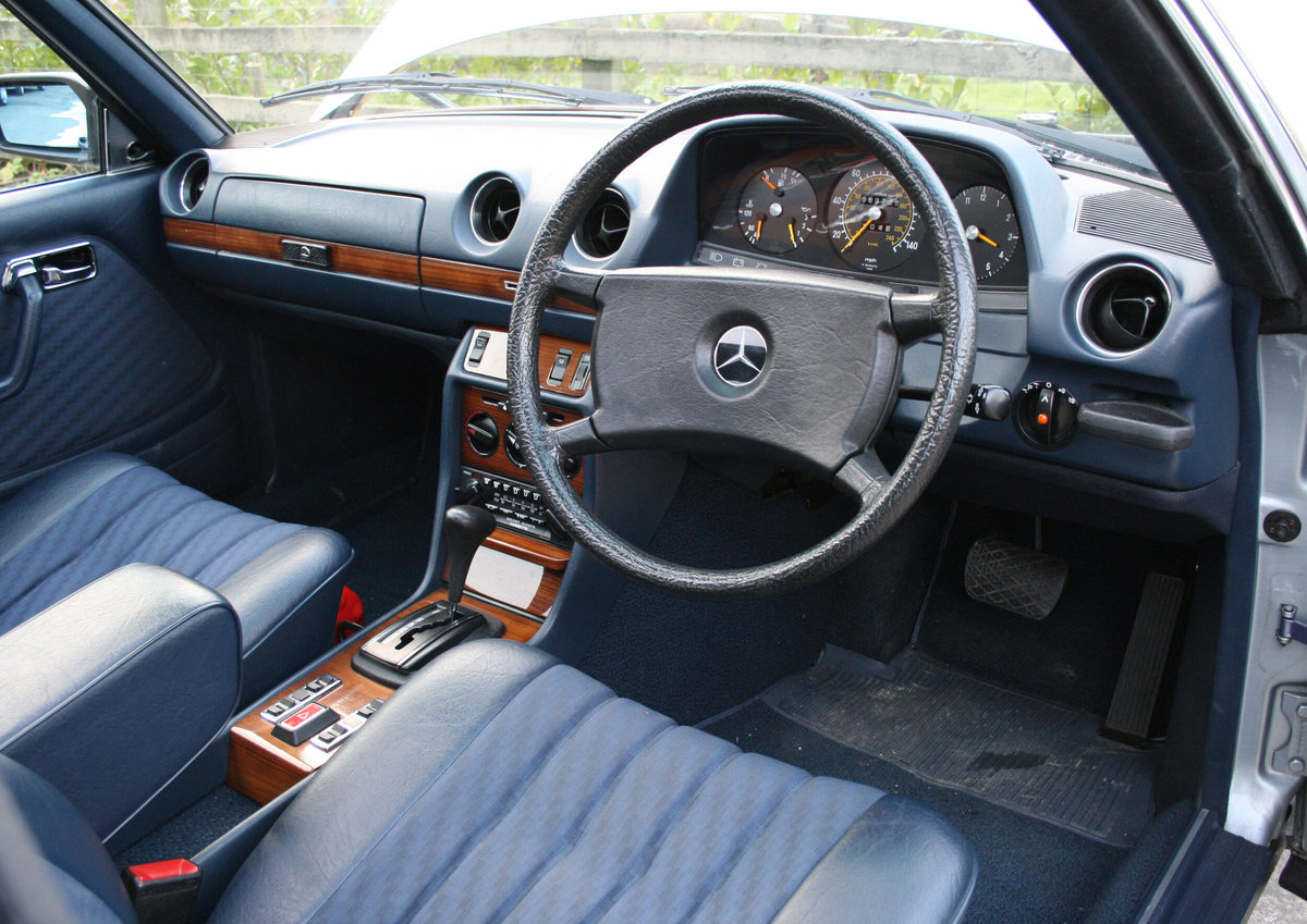 1981 Mercedes Benz 280CE (W123) For Sale (picture 4 of 6)