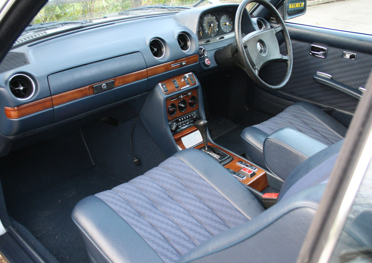 1981 Mercedes Benz 280CE (W123) For Sale (picture 5 of 6)
