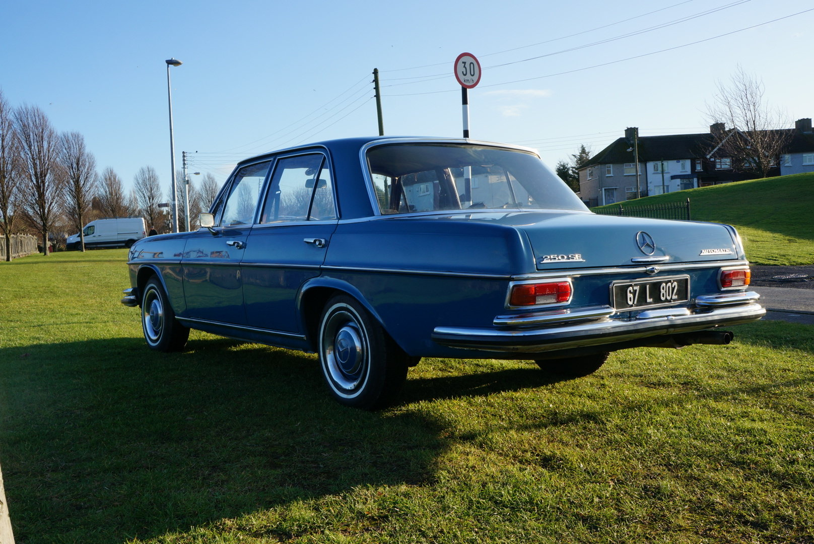 1967 Mercedes 250SE automatic power steering  For Sale (picture 2 of 6)