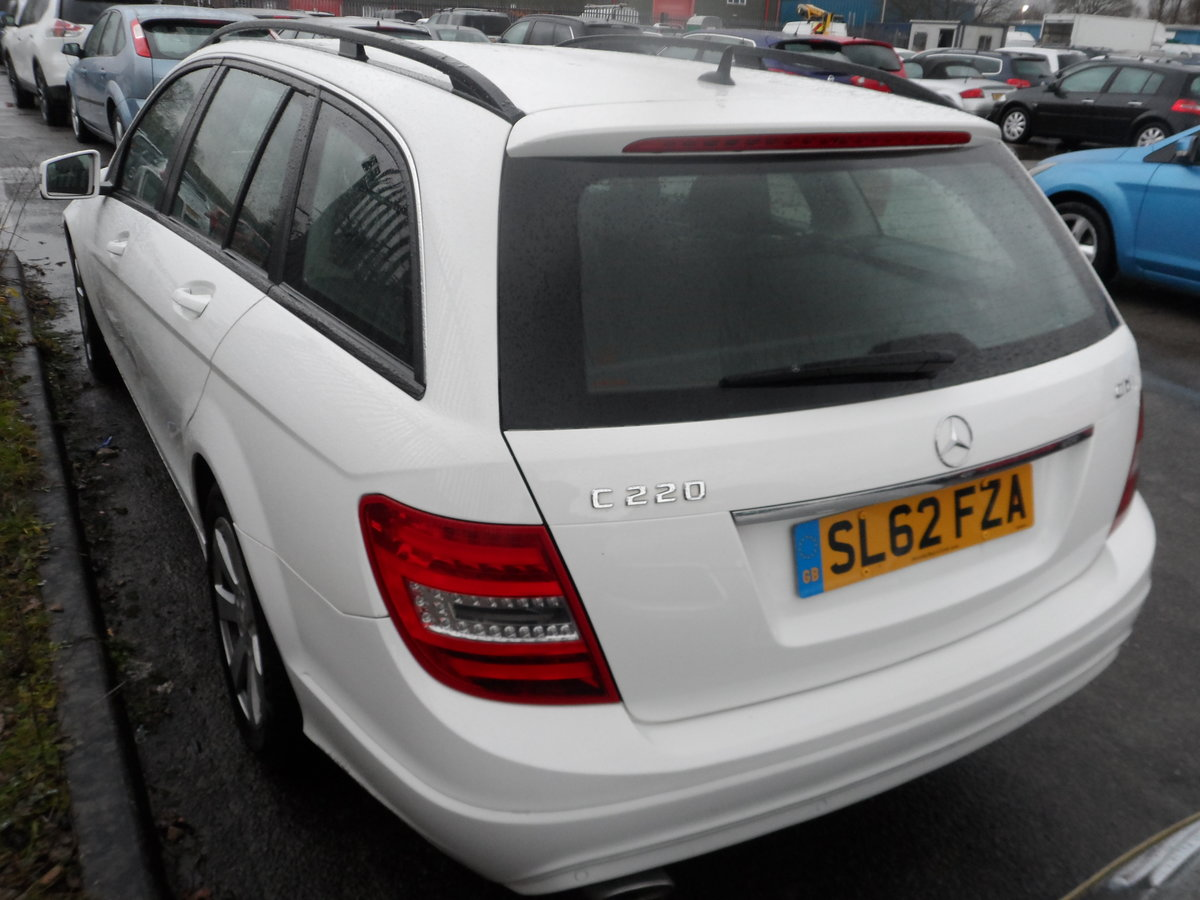 EX PRIVATE HIRE ESTATE CAR 62 PLATE SEPT 2012 SOUND DRIVER For Sale (picture 4 of 6)