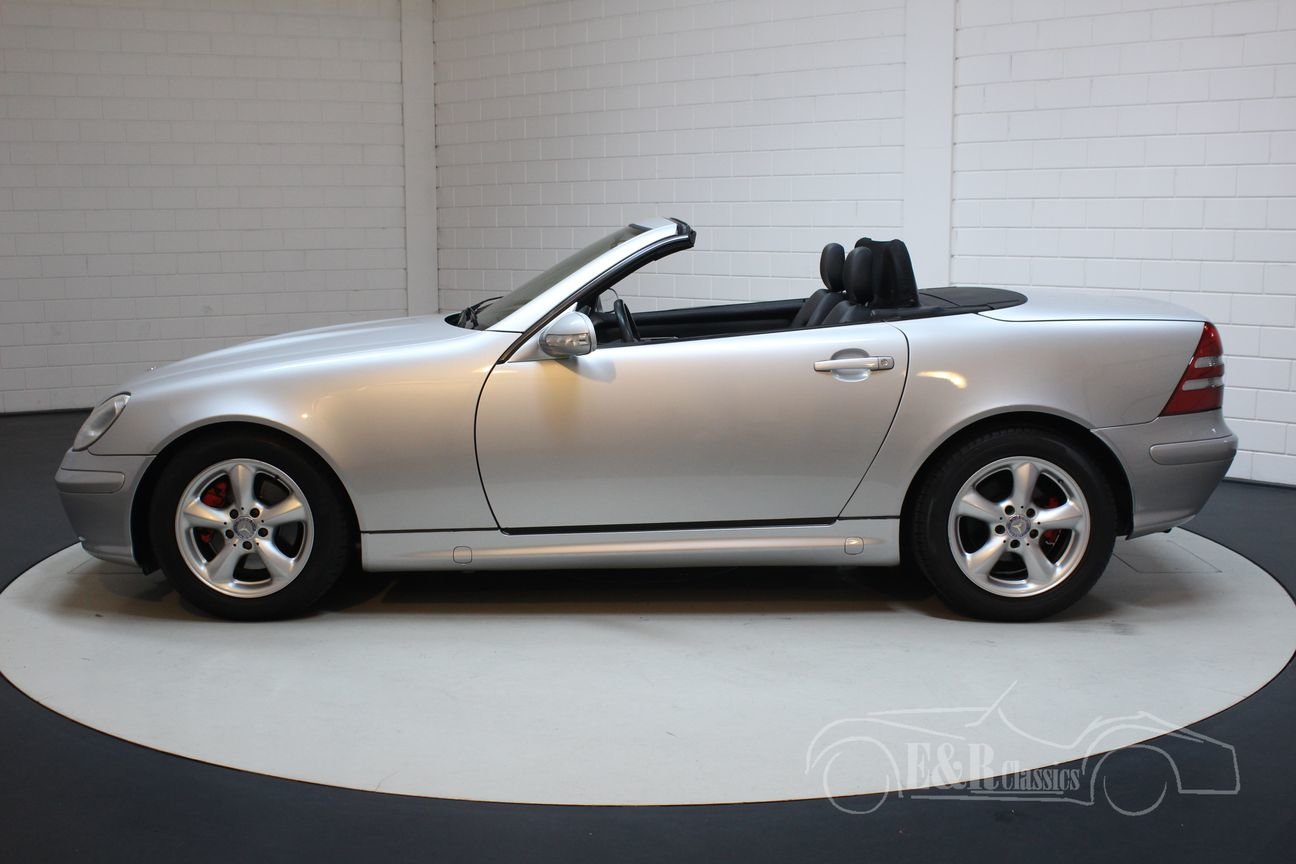 Mercedes Benz SLK 320 2001 Only 91.423 km For Sale (picture 4 of 6)