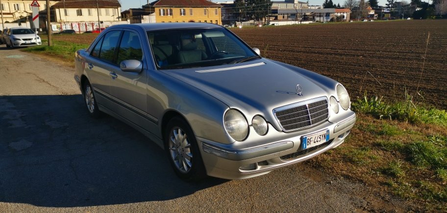 1999 excellent e 270 cdi For Sale (picture 1 of 6)
