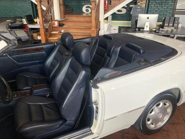 1995 Mercedes Benz E320 CABRIOLET only 39k miles $21.9k For Sale (picture 3 of 6)