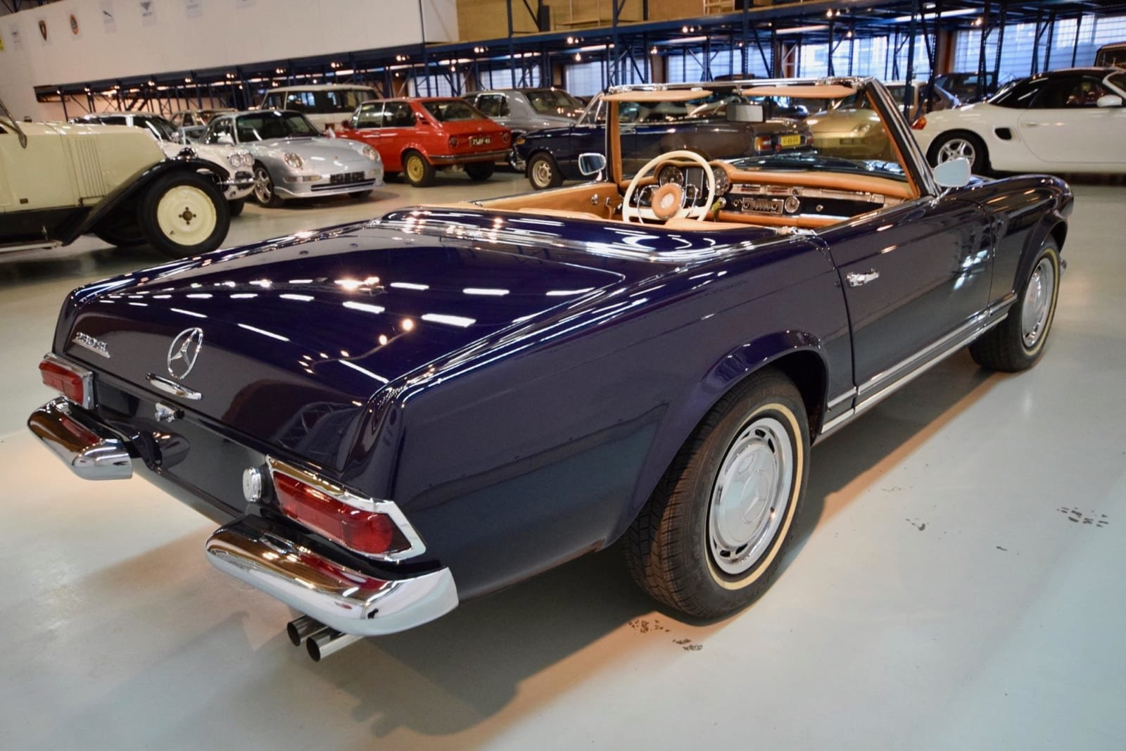 Mercedes-Benz 230 SL Pagode 1964 For Sale by Auction (picture 3 of 6)